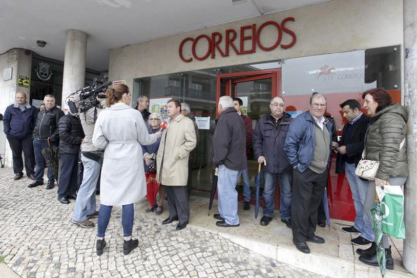 Junta de Freguesia de Camarate, Unhos e Apelação mantém serviços CTT